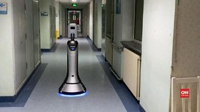 VIDEO: Robot Pengantar Makanan Untuk Petugas Medis