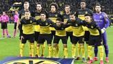 Starting XI Borussia Dortmund saat menjamu PSG pada leg pertama 16 besar Liga Champions di Stadion Signal Iduna Park, Selasa (18/2) malam waktu setempat. (AP Photo/Martin Meissner)