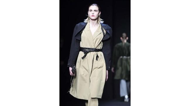 Di tengah 56 pertunjukan, 96 presentasi dan sekitar 40 acara yang direncanakan hingga Minggu di pusat mode Italia, tiga desainer Cina dengan jadwal peragaan busana - Angel Chen, Ricostru dan Hui - telah mengundurkan diri.(Andreas SOLARO / AFP)