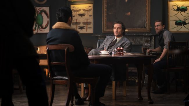 Sinopsis The Gentlemen, Intrik Pengambilalihan Bisnis Ganja