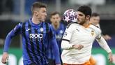 Atalanta menjamu Valencia dalam laga leg pertama babak 16 besar Liga Champions di Stadion San Siro.(AP Photo/Antonio Calanni)