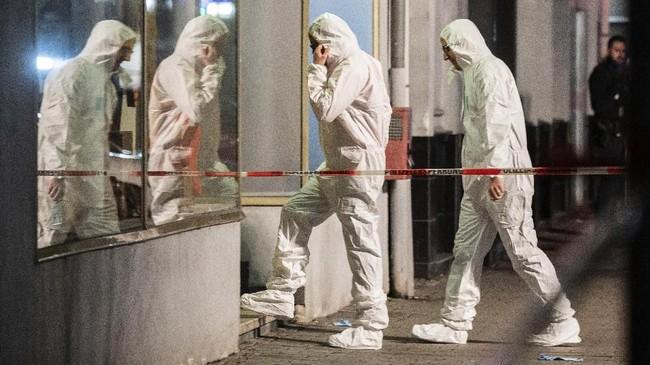 Usai melakukan aksinya, pelaku sempat melarikan diri dari tempat kejadian di bar Midnight.(Andreas Arnold/dpa via AP)