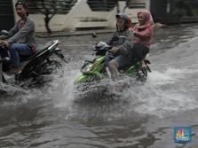Awas Banjir! Jabodetabek Diprediksi Hujan Sampai 22.00 WIB