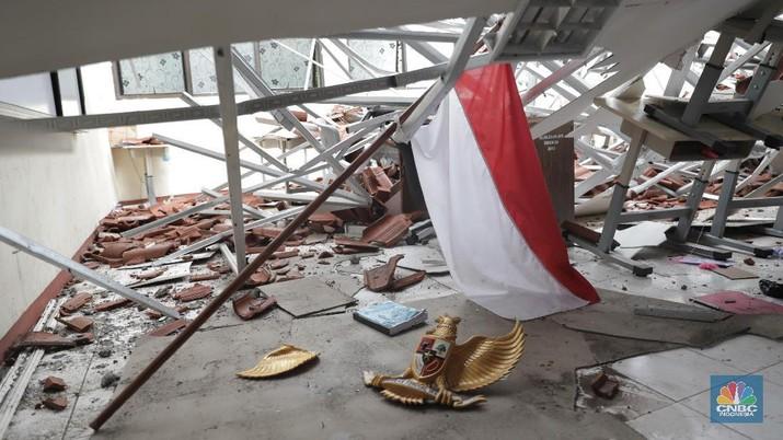 Di Jakarta Ada Sekolah Ambruk, Ini Penampakannya