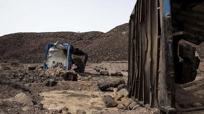 Kendati demikian, hal itu tidak membuat para imigran kapok. Tak sedikit imigran yang kembali melakukan perjalanan panjang berisiko untuk memperbaiki nasib.(AP Photo/Nariman El-Mofty)