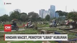 VIDEO: Hindari Macet, Pemotor 'Libas' Kuburan