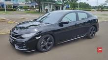 VIDEO: Honda Civic Hatchback Sandang Emblem RS