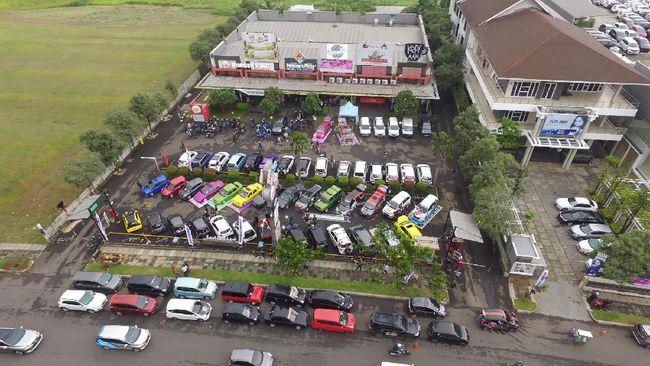 Komunitas Mobil Buat Penyuluhan Wabah Virus Corona