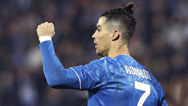 Laga SPAL vs Juventus merupakan penampilan ke-1000 Cristiano Ronaldo di pertandingan resmi untuk klub dan negara. (Filippo Rubin/LaPresse via AP)