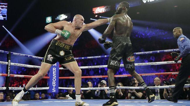 Kalahkan Wilder, Tyson Fury Juara Sejati di Kelas Berat