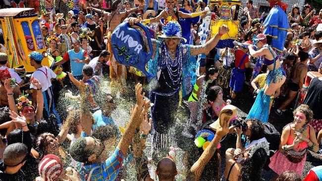 Kritik Politik Lewat Goyang Samba di Brasil