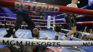 Kalah dari Tyson Fury, Wilder Mengaku Salah Pakai Kostum 18kg