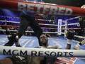 Kontroversi Lempar Handuk di Balik Kekalahan Wilder dari Fury