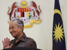 Malaysia Memanas, Kala Mahathir Dipecat dari Partai Sendiri