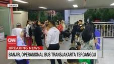 VIDEO: Operasional Bus Transjakarta Terganggu Akibat Banjir