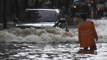 Banjir Jatinangor Rendam 2 Desa Hingga 1 Meter