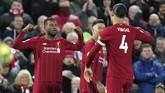 Georginio Wijnaldum berhasil membawa Liverpool unggul lewat sundulan kepala di menit kesembilan.(AP Photo/Jon Super)