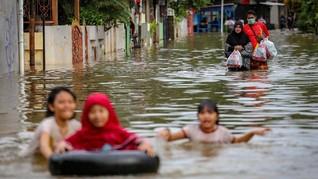 Banjir Rendam Ratusan Rumah di Maluku, 716 Orang Mengungsi