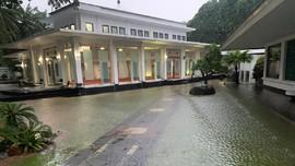 Hujan Deras di Jakarta, Istana Presiden Sempat Tergenang