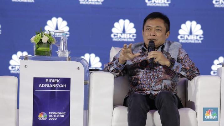 Direktur Utama PT Telkom Indonesia (Persero) (TLKM) Ririek Adriansyah bicara penerapan teknologi 5G di Indonesia.