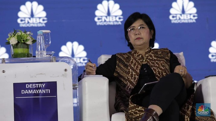 Deputi Gubernur Senior Bank Indonesia Destry Damayanti di acara CNBC Indonesia Economic Outlook 2020 di The Ritz Carlton Ballroom, Pasific Place, Jakarta, Rabu 26/2/2020. (CNBC Indonesia/Tri Susilo)