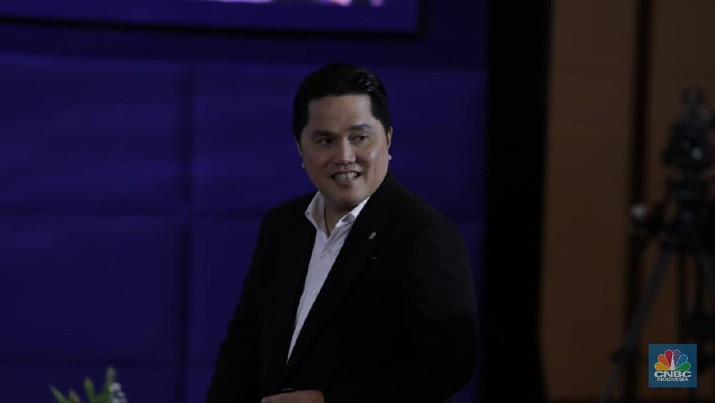 Menteri BUMN Erick Thohir di acara CNBC Indonesia Economic Outlook 2020 di The Ritz Carlton Ballroom, Pasific Place, Jakarta, Rabu 26/2/2020. (CNBC Indonesia/Tri Susilo)