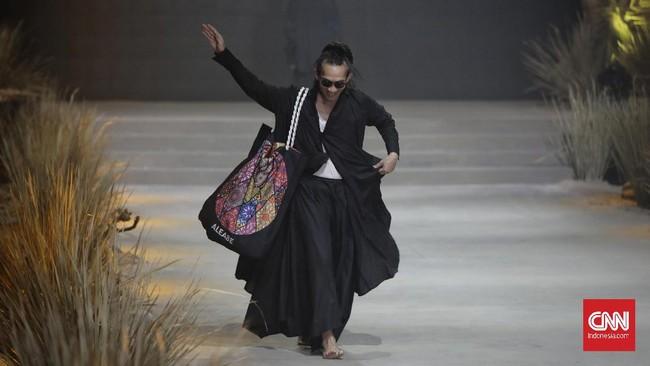 Pada gelarannya tahun ini, ajang Fashion Rhapsody mengambil tema
