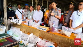 Polisi Gerebek Tujuh Pabrik Pupuk Palsu Omzet Rp1 M Per Bulan