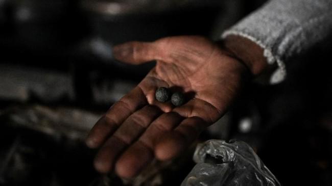 Tato Suku Naga dapat menandakan identitas kesukuan, pencapaian kehidupan, atau pencapaian ritual. (Ye Aung THU / AFP)