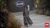 Busana yang dipamerkan cukup beragam sepertimodest wear,penggunaan kain tradisional Nusantara, hingga busana siap pakai.(CNN Indonesia/ Adhi Wicaksono)