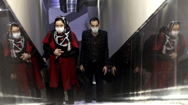 Iran menjadi negara dengan kasus korban virus corona terbanyak setelah China, dengan 26 orang meninggal dan 245 kasus. (AP Photo/Ebrahim Noroozi)