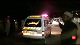 VIDEO: Tabrakan Kereta dan Bus Tewaskan 18 orang di Pakistan