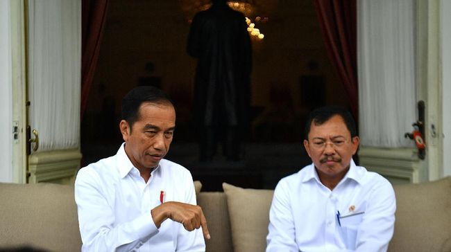 Jokowi Minta Menkes Perjelas Rincian Biaya Perawatan Corona