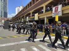Teror di Filipina, Pria Bersenjata Api Sandera Mall Manila