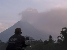 Gunung Merapi Erupsi Lagi, 6 Penerbangan Dibatalkan