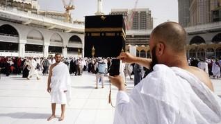 42 Jemaah Umrah Indonesia Terjebak Lockdown Corona di Saudi