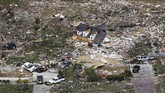 Menurut Badan Cuaca Nasional AS, tornado dengan kategori EF-3 merusak kawasan timur Nashville, Donelson, dan Gunung Juliet.(AP Photo/Mark Humphrey)