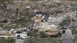FOTO: Tennessee Porak Poranda Akibat Tornado