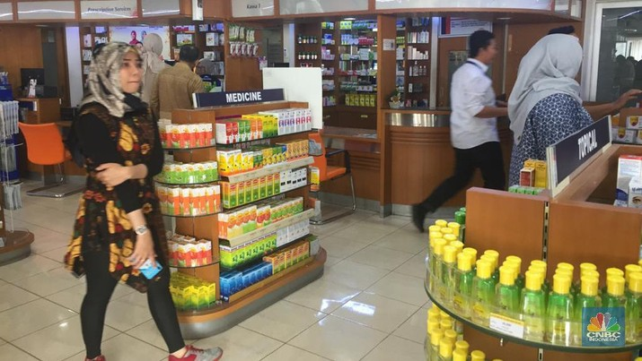 Erick Tohir di kimia farma. (CNBC Indonesia/Monica Wareza)