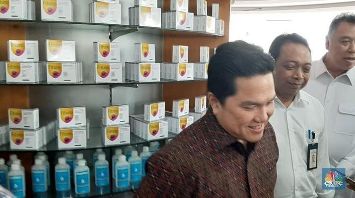 Erick Tohir di kimia farma. (CNBC Indonesia/Monica Wareza)