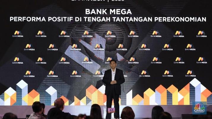 Kostaman Thayib di acara Public Expose Bank Mega 2020. (CNBC Indonesia/ Andrean Kristianto)