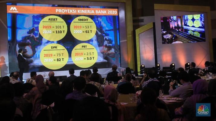 Sementara itu, dana pihak ketiga diproyeksikan menyentuh Rp 82 triliun, naik 12% dibandingkan dengan 2019.