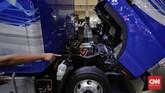 Fuso menghadirkan kendaraan komersial bertenaga listrik.Baterai yang menyalurkan daya ke motor listrikdiletakkan di bawah 'kepala' kendaraan.