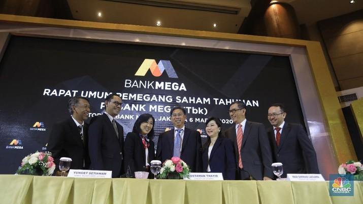 PT Bank Mega Tbk (MEGA) akan membagikan dividen senilai Rp 1 triliun, atau 50% dari laba bersih 2019 sebesar Rp 2 triliun.