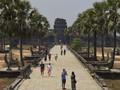 FOTO: Angkor Wat Ditinggalkan Turis