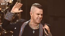 Yakin Kena Corona, Robbie Williams Sewa Rumah untuk Karantina