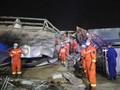 VIDEO: Puluhan Orang Selamat dari Reruntuhan Hotel di China