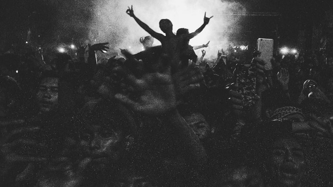 Didi Kempot adalah salah satu fenomena dalam musik Indonesia, terlepas dari namanya kian viral melambung dalam satu bulan terakhir. Musisi kelahiran 31 Desember 1966 ini sejatinya telah bermusik sejak 1984. Ia menjalani karier bermusik dari tahap yang amat bawah, menjadi pengamen. (ANTARA FOTO/Rivan Awal Lingga)