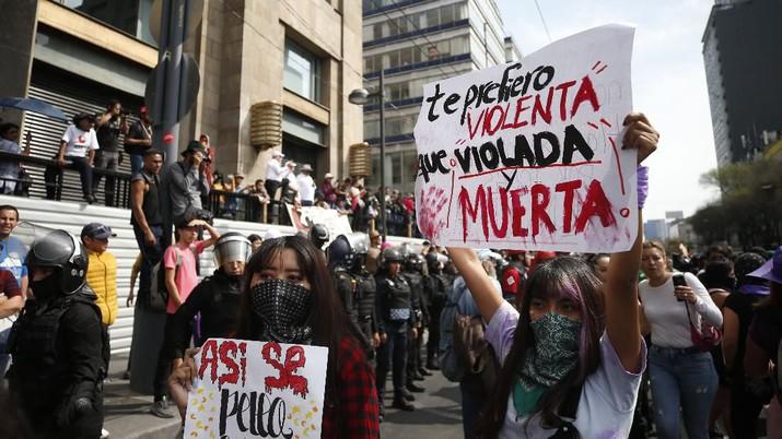 Protes terhadap kekerasan gender di Meksiko telah meningkat dalam beberapa tahun terakhir.