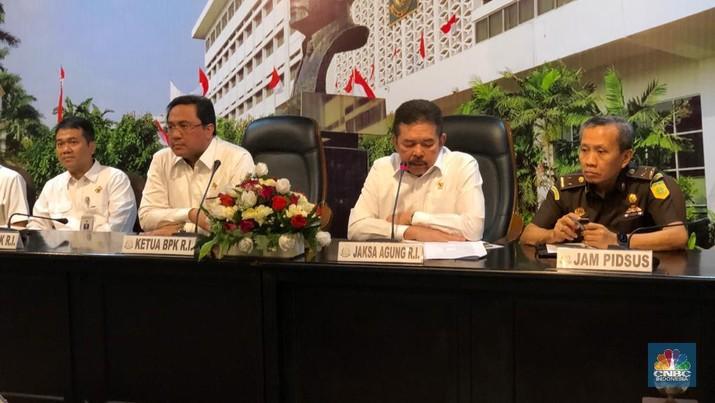 Pemeriksaan terhadap kasus dugaan korupsi PT Asuransi Jiwasraya (Persero) terus berlanjut.